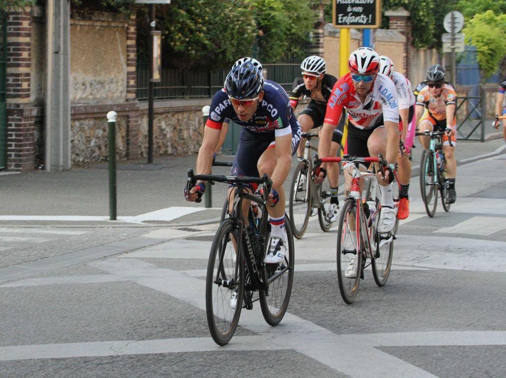 Album photos du critérium de Dreux du mardi 25 juin à Dreux (28)