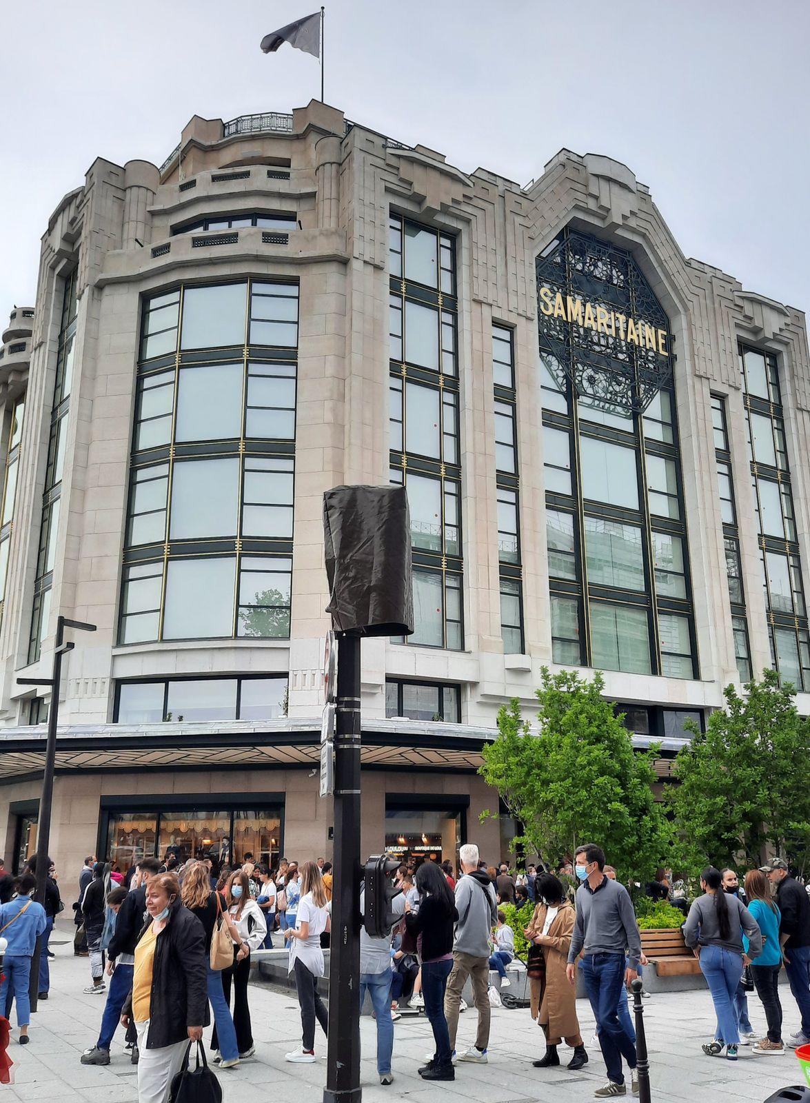 «La Samaritaine, temple de la consommation, réouverture d'un grand magasin parisien de luxe» par Amadou Bal BA - http://baamadou.over-blog.fr/