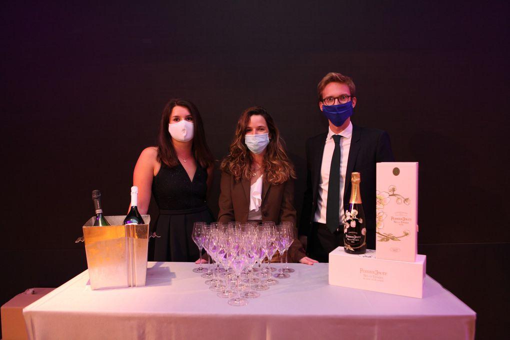 A l'heure de l'apéritif, les maisons de Champagne étaient mobilisées. (Photos JB)