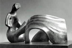 A touch of Henry Moore (25)