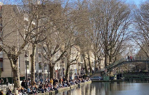 Quand les Français n'écoutent toujours pas les consignes... Des centaines de personnes dans les parcs cet après-midi malgré les demandes du gouvernement