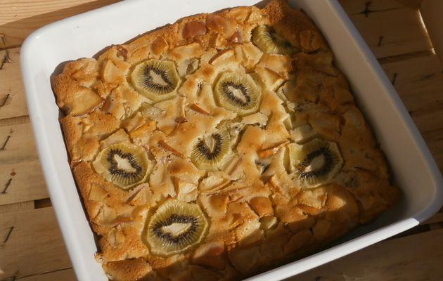 Gâteau tout doux Pommes & Kiwis