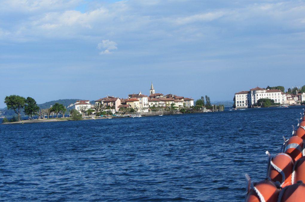 Les îles Borromées : Isola dei pescatori ( l'île des pêcheurs ).