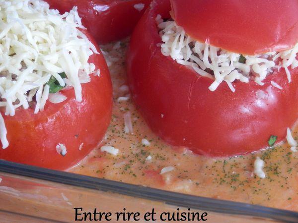Tomates farcies à la chipolata et au riz à ma façon