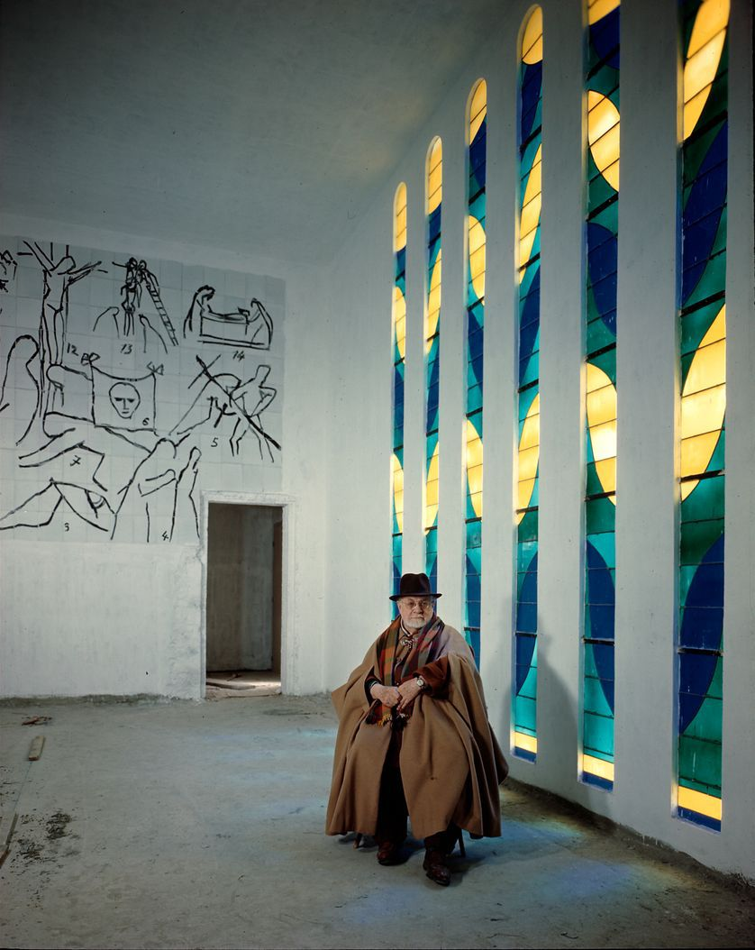 Henri Matisse photographed inside the chapel by Dmitri Kessel.