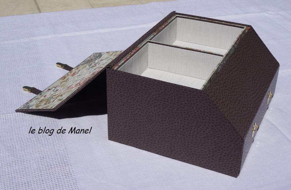 LES CARTONNAGES DE MANEL / COFFRET JUSTE UN PETIT MOT