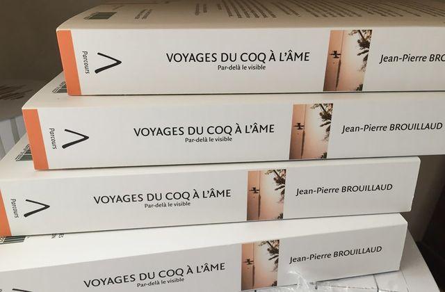 Voyages du coq à l'âme en librairie.