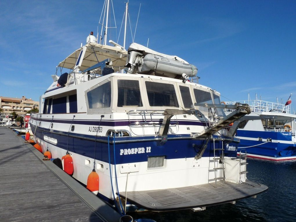 PROSPER II , dans le port de Hyères
