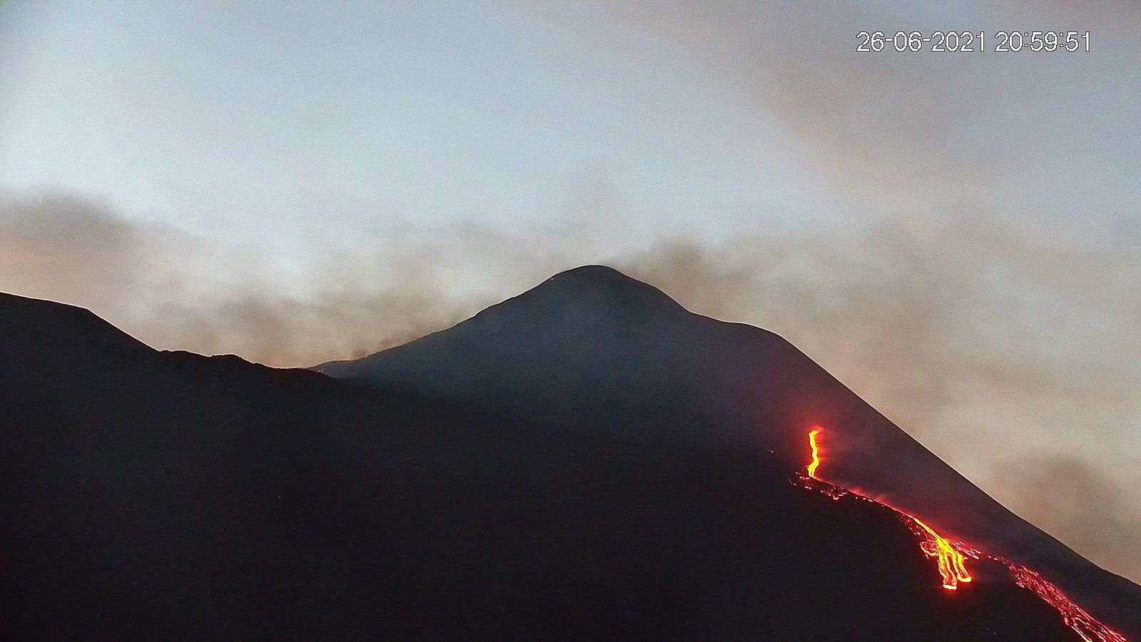 Etna SEC - 26.06.2021 / 20h59 - new webcam LAVE