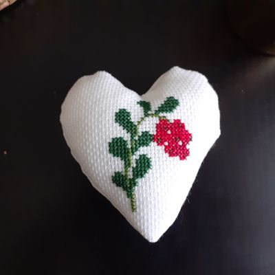 Broderie : finition en coeur