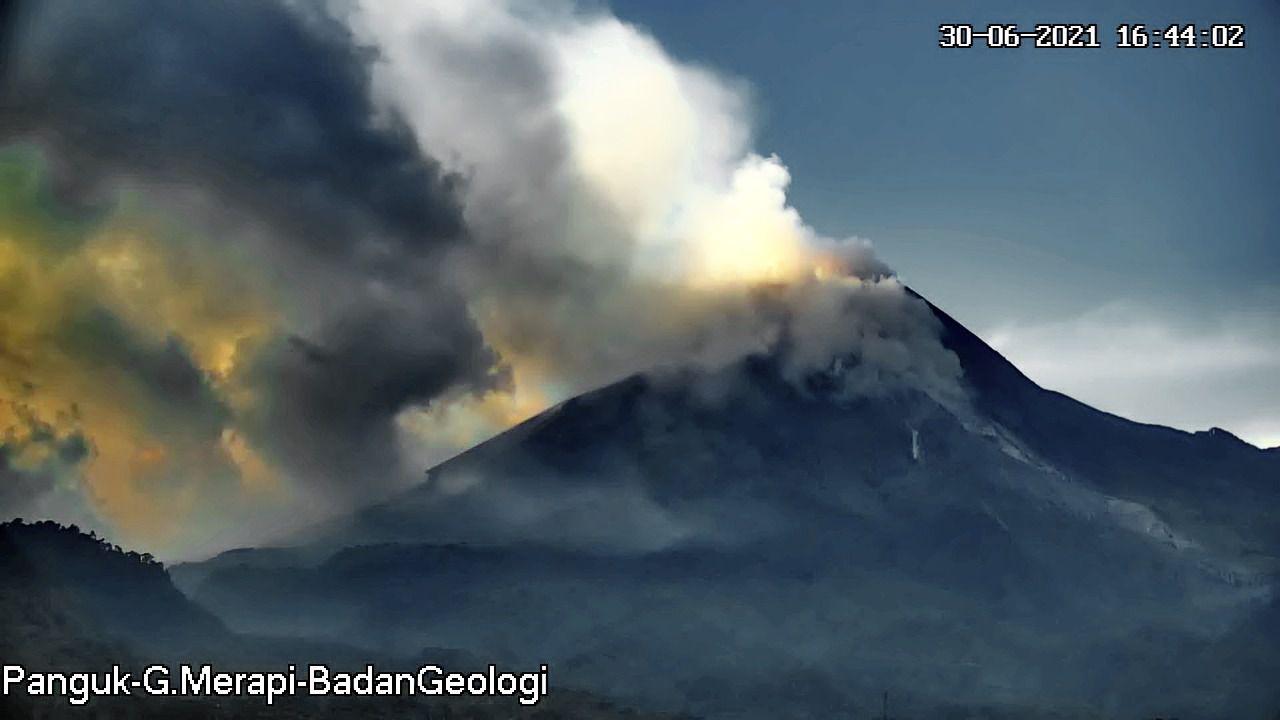 Merapi - 06/30/2021 / 4:44 p.m. - Panguk webcam