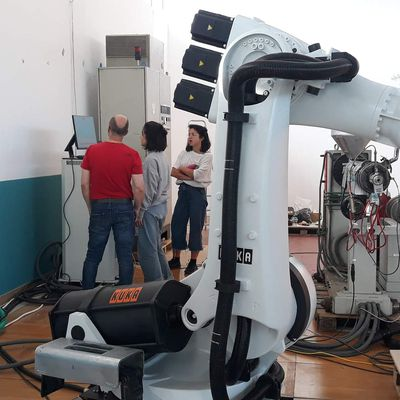 Robotic milling by industrial robotic programming