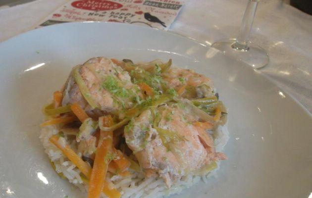 Recette de Blanquette de saumon aux petits légumes et au combava