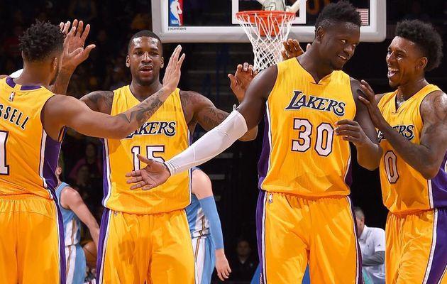 Sans Kobe Bryant, les Lakers font le pari de la jeunesse