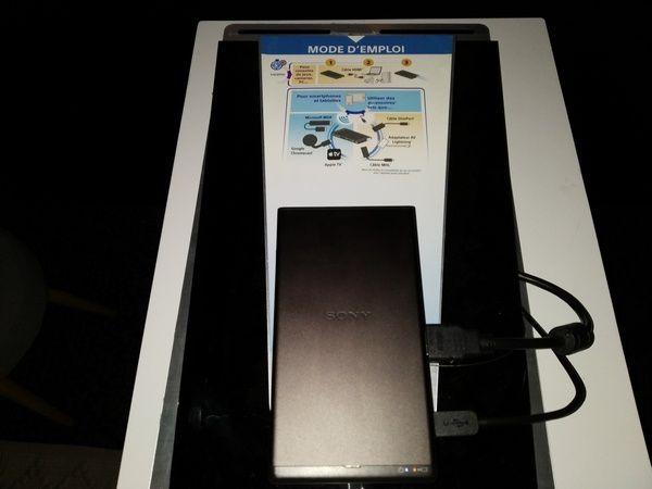 photos - visuels projecteur nomade Sony MP-CD1