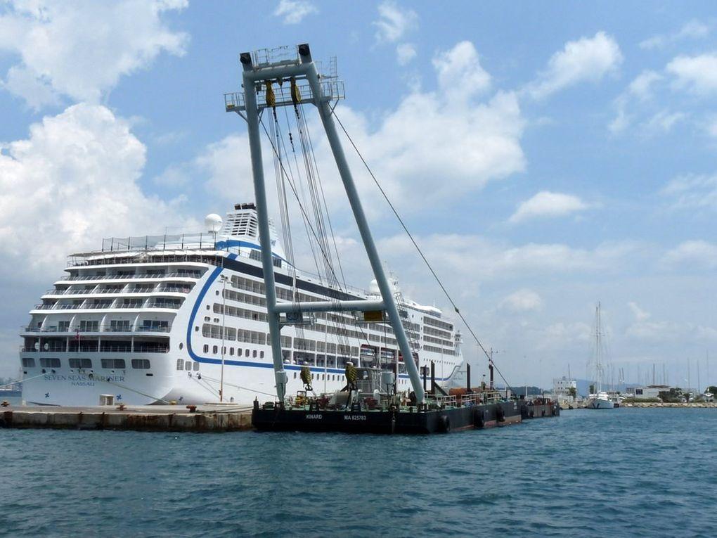 KINARD , ponton grue à la Seyne sur Mer les 27 mars et 26 juin 2014