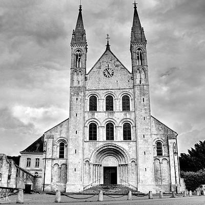 L'abbaye Saint Georges de Boscherville en Noir et Blanc