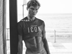 Oliver Cheshire par Christian Oita ! more ...