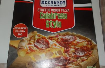 [Lidl] McEnnedy Calabrese Pizza mit Käse im Rand