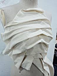 exemples de drapés : corsage par drapage