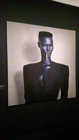De l'ombre à la lumière... Voici quelques photos des coulisses mais aussi des expositions proposées...