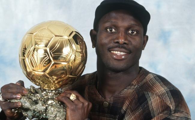 George Weah, ex futbolista, aspirante a la presidencia de Liberia.- El Muni.
