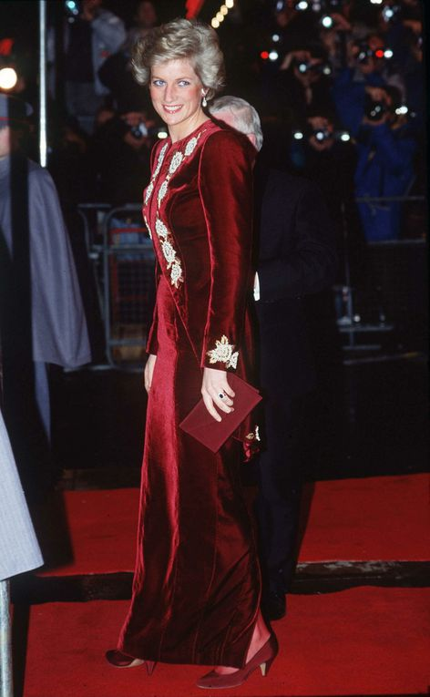 Leicester Square (1990) et visite officielle en Corée du Sud (1992)