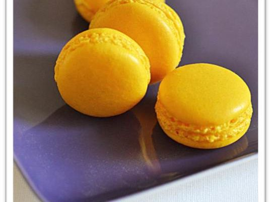 Macarons aux 2 citrons et au cumbava