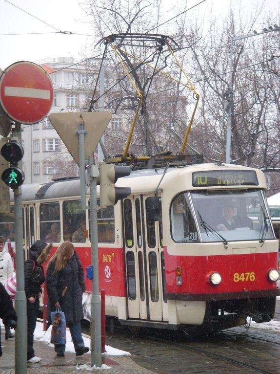 """Quatre jours à Prague en février, première approche glacée de cette sublimissime ville, quatre jours entre """"potes"""" déjantés ..."""