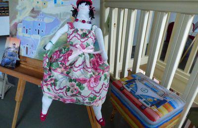 Ma poupée chiffon et sa robe.