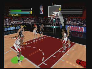 En match, lancer franc, fin de ralenti d'un smash, et ralenti de dunk.