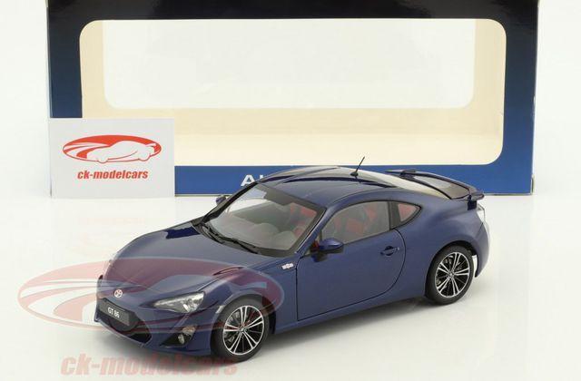 1/18 : Une jolie Toyota GT 86 AutoArt pour 59,95 €