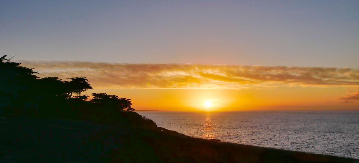 Le soleil se lève sur Sainte-Marie-sur-Mer