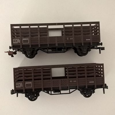 Lot 2 wagons transport animaux Hornby Acho