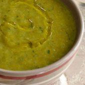 Soupe de kale à l'ail des ours - La cuisine d'Anna et Olivia