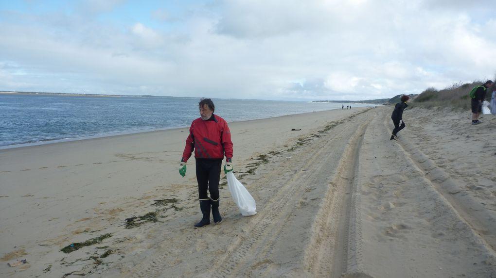 Les plages sont propres. L'AST Kayak était là