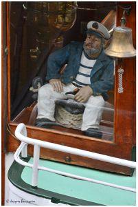 Scènes en bord de Seine : observation, admiration