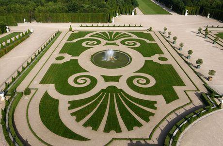 La restauration des jardins historiques en Europe, théories et pratiques (conférence)