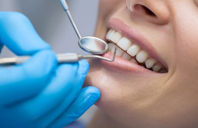 What Are Some Kinds Of Emergency Situation Dental Treatment?