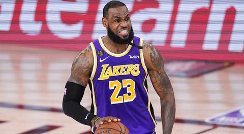 LeBron James prolonge aux Lakers jusqu'en 2023