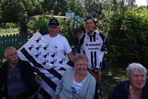 Warren Barguil et son fan club