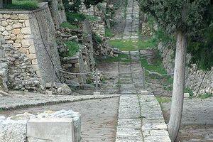 Sur la Voie : la voie royale de Knossos