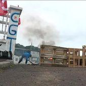 Les salariés de la Compagnie des Fromages et Richemonts bloquent l'usine de Coutances contre sa fermeture