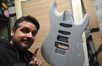 Je customise ma SQUIER Showmaster