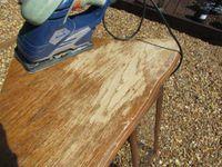 Je décape facilement un meuble en chêne