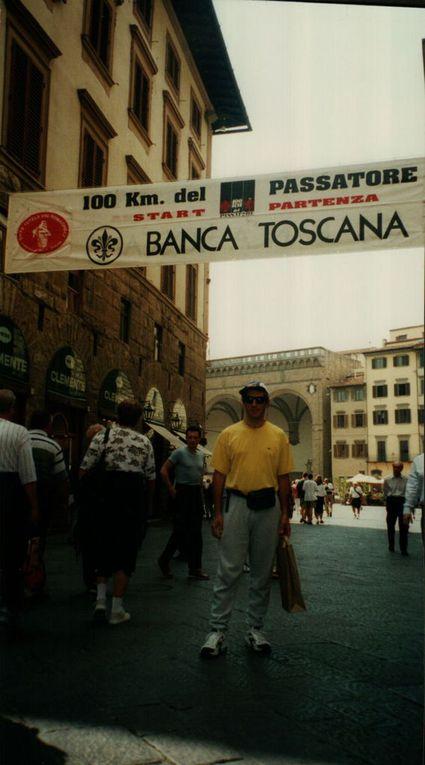 Enzo alla sua prima partecipazione alla 100 km del Passatore... Io, in fondo, fui il suo padrino in questo, anche se poi fu proprio Enzo a darmi nuova energia nelle mie avventure di corsa. In quell'edizione della sua prima volta, lui completò la distanza e io invece mi ritirai.
