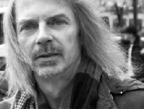 patrick dorobisz, un compositeur français de musique contemporaine associé au mouvement minimaliste