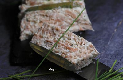 TERRINE DE MOUSSE DE SAUMON