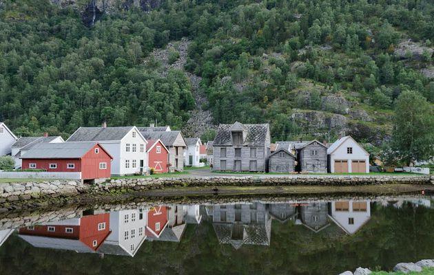 Un village pittoresque ravagé par un incendie