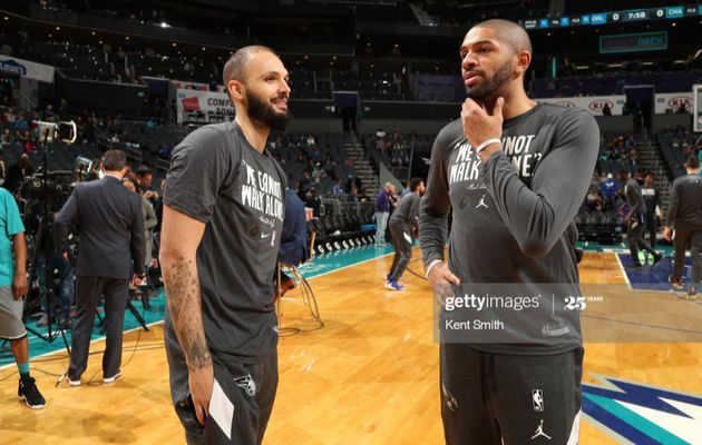 Evan Fournier et Nicolas Batum activent leur player option pour rester un an à Orlando et Charlotte